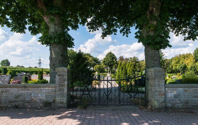 Eingang Des Friedhof In Baccum