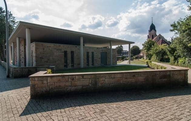 Kapelle Auf Dem Friedhof In Biene